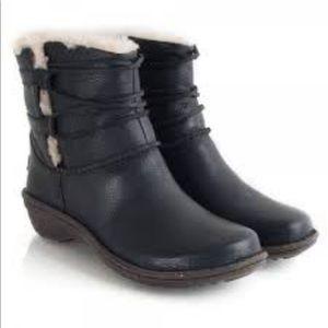 UGG Caspia Boots 7